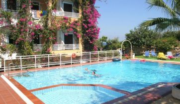 ILIOSTASI BEACH APARTMENTS 3*